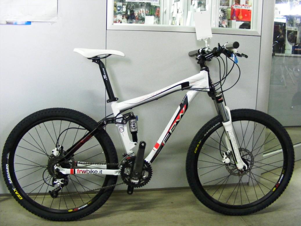 cicli montanini bici complete mtb 26er biammortizzate
